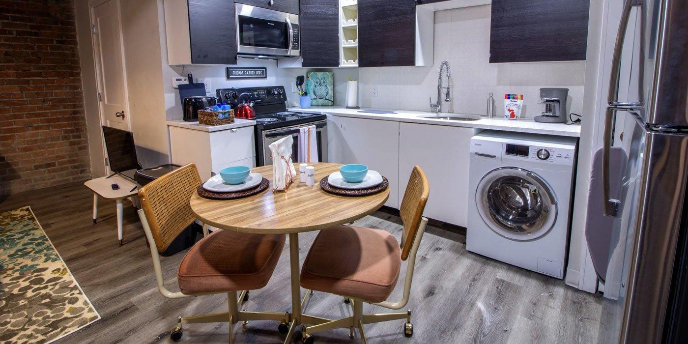 elaine-lofts-furnished-kitchen-