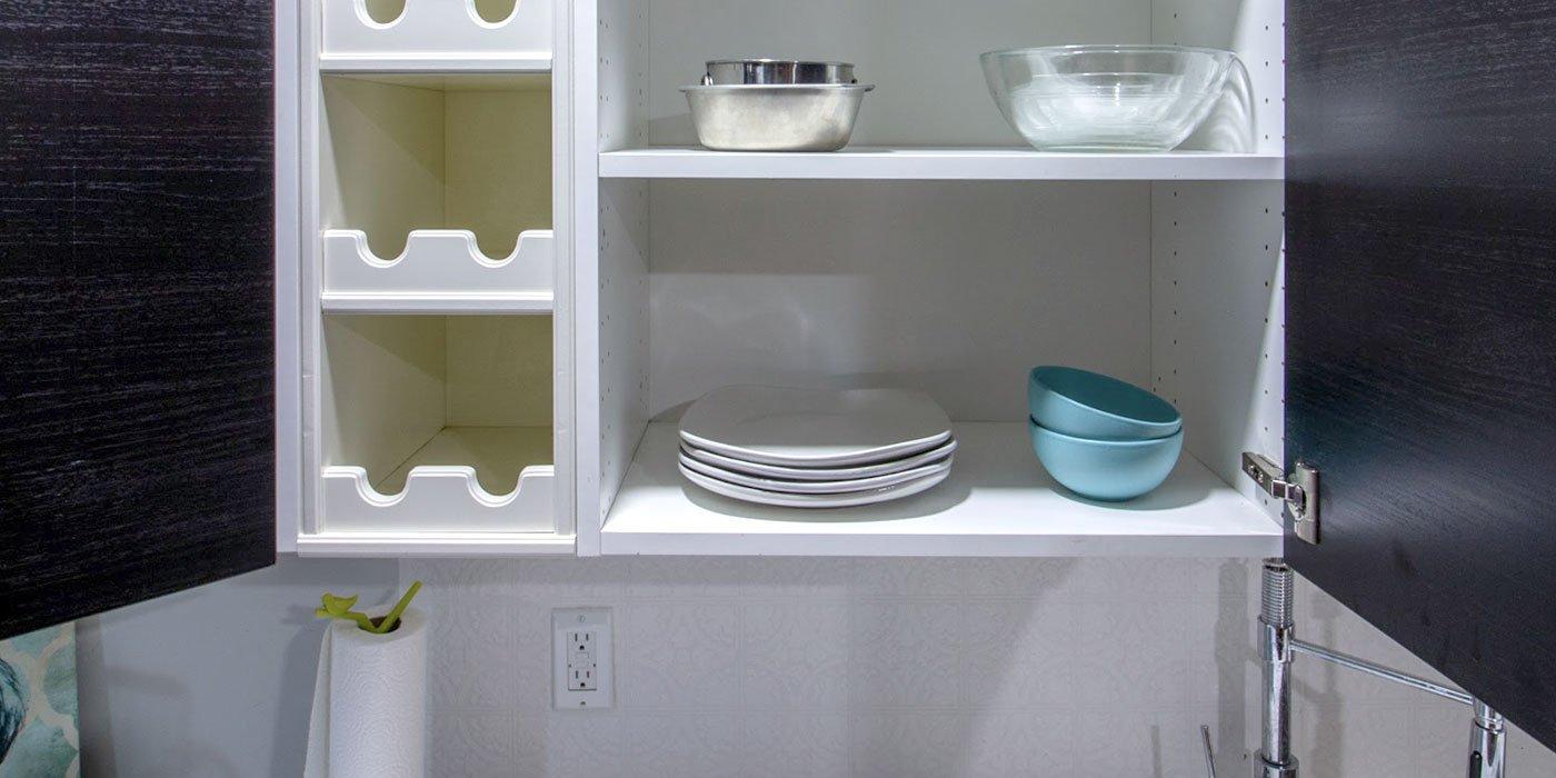 slideshow-elaine-furnished-shelves